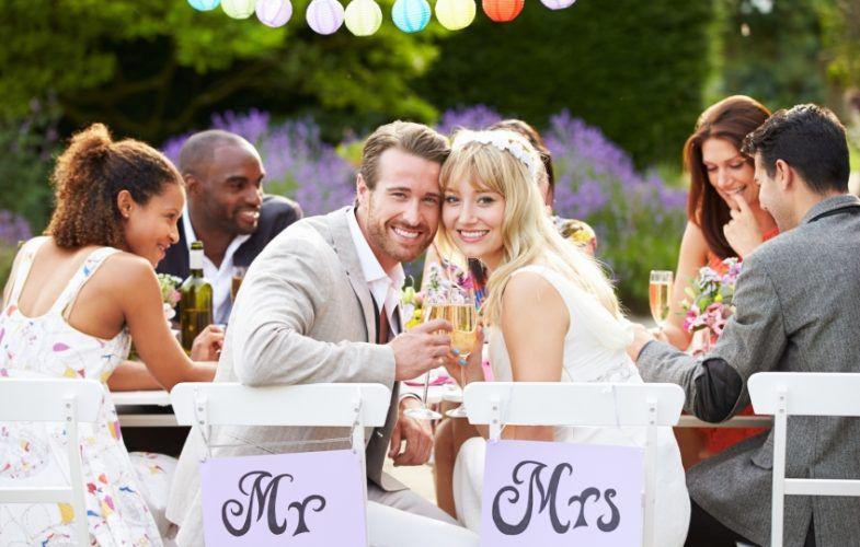 Как отмечать маленькую свадьбу
