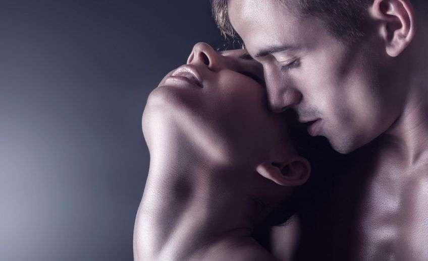 Мужчина любит в сексе всякие страсти