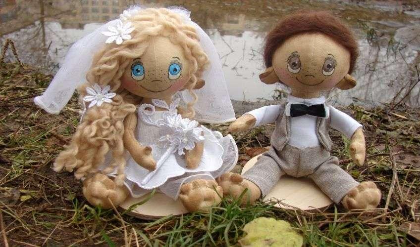 Куклы с лицами молодых