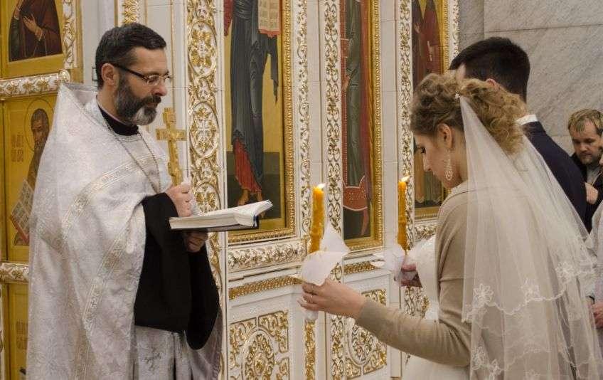 Обряд во время венчания