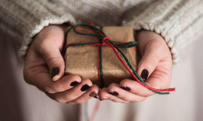 акой подарок сделать своими руками