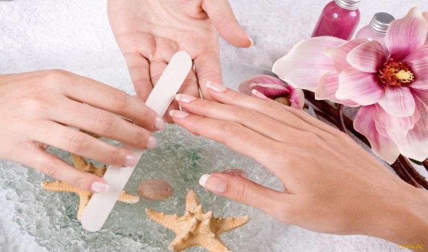 Перед свадьбой ногти нужно обязательно привести в порядок