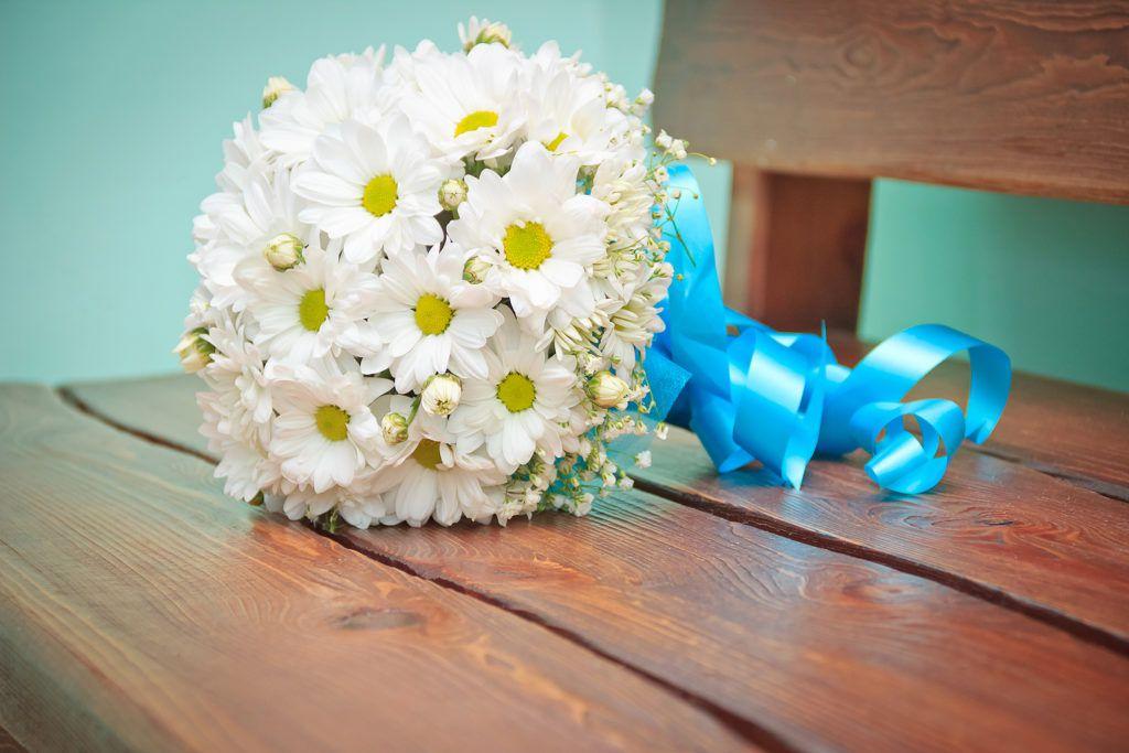 Как сделать свадебный букет своими руками с ромашек