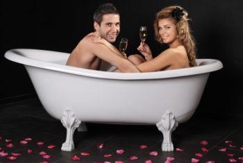Перед массажем желательно принять расслабляющую ванну