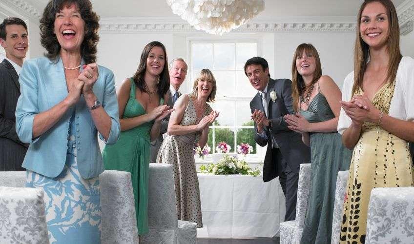 прикольные знакомства гостей свадьбы