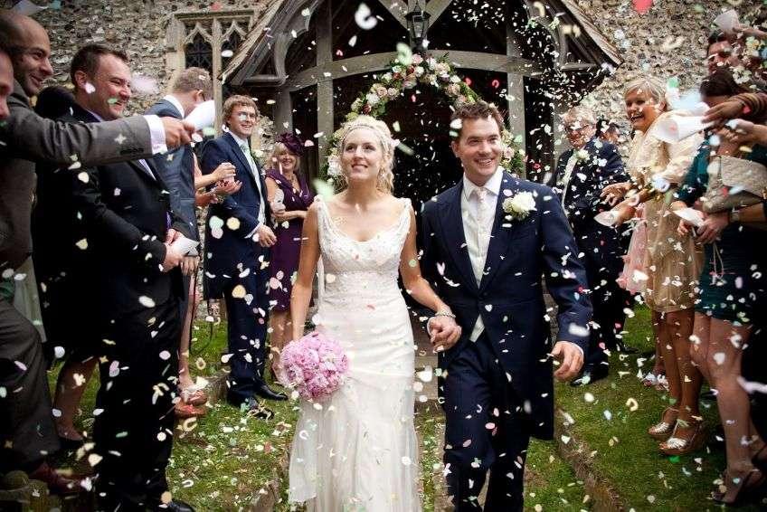 Сценарий свадьба для гостей прикольные без тамады