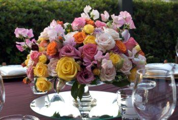 Украшаем зал под розовую годовщину