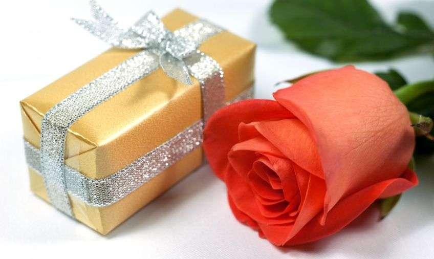 Поздравления к подарку духи