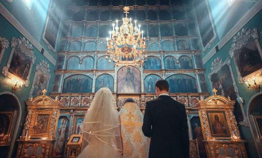 Правила во время венчания