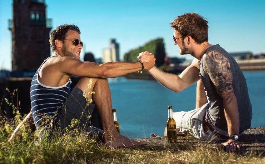 как завести знакомства с новыми людьми