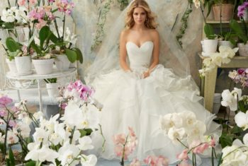 А-силуэт свадебного платья