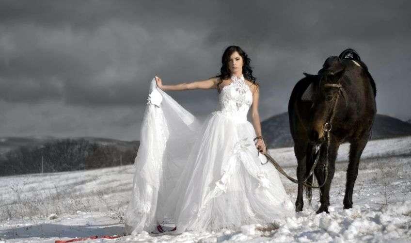 Если вы видите свадебные хлопоты, это может говорить о необходимости помощи близким.