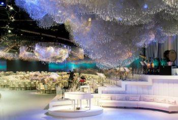 Инсталляция на свадьбе Латифы